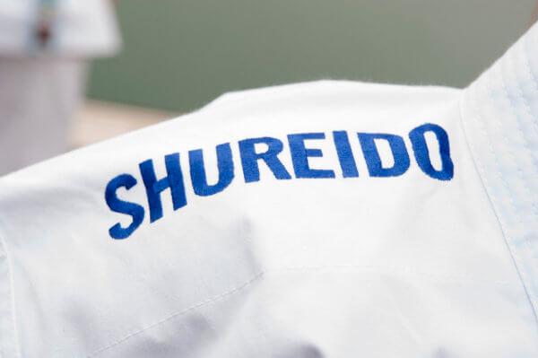 chaqueta shureido new wave 3 wkf bordado hombros